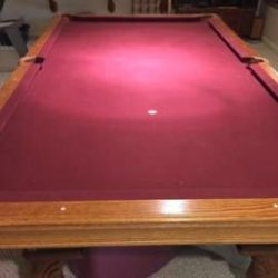 Solid Oak Pool Table Excellent Condition